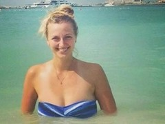 Petra Kvitova czech Wimbledon winner and blowjob underwater Thumb